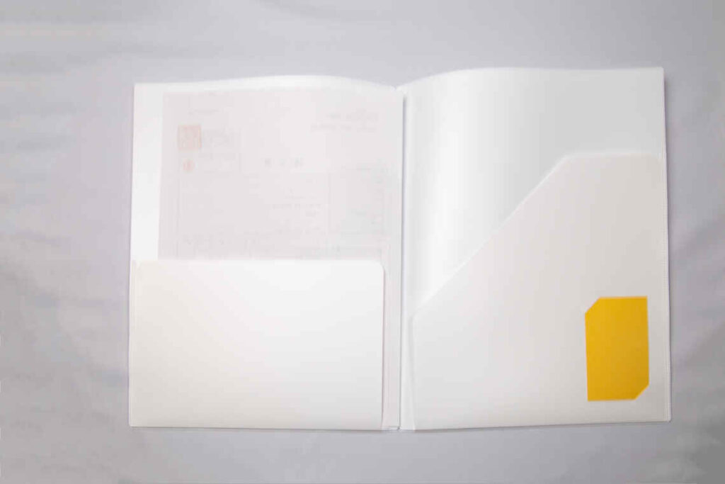 ポケット付きファイルのOEM生産
