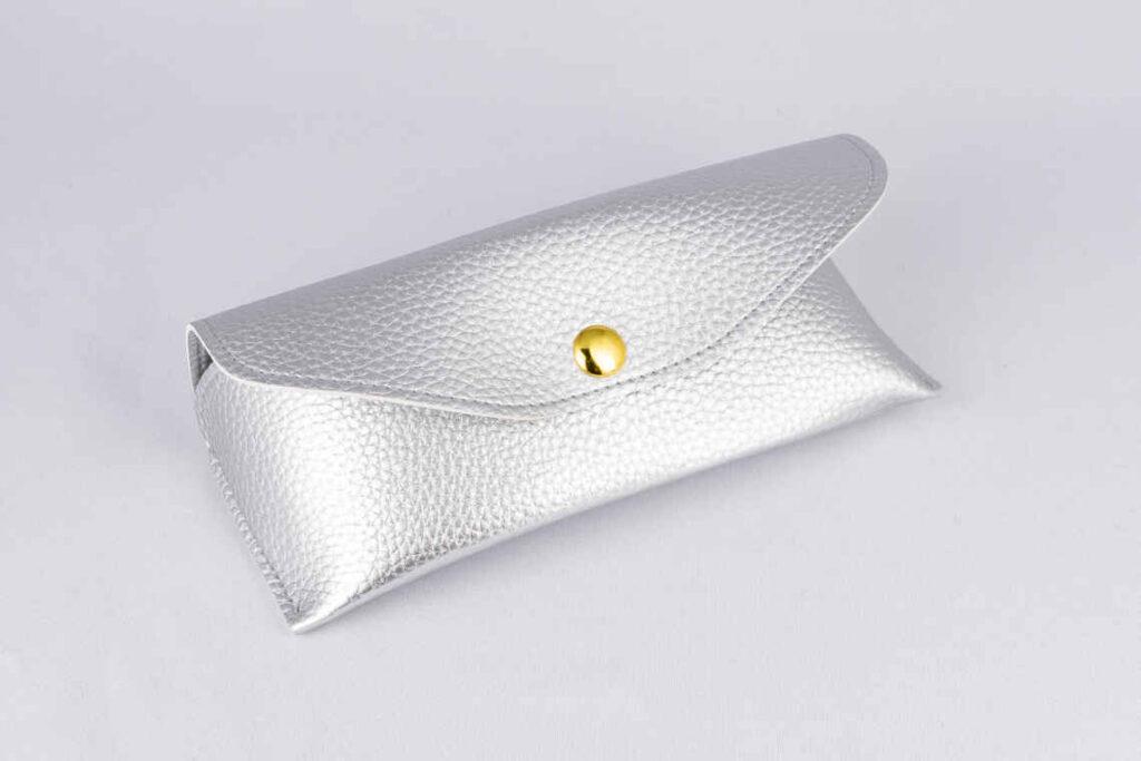 メガネケース縫製タイプのOEM生産